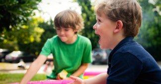 3 avantages de mettre son enfant au centre aéré