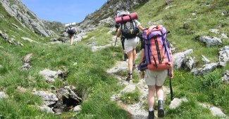 Que prévoir pour partir en randonnées en montagne entre amis